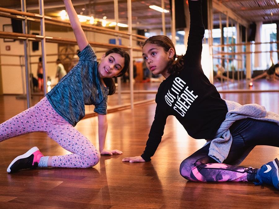 Kinder beim Kinderzumba Amanusa Fitnessstudio Darmstadt